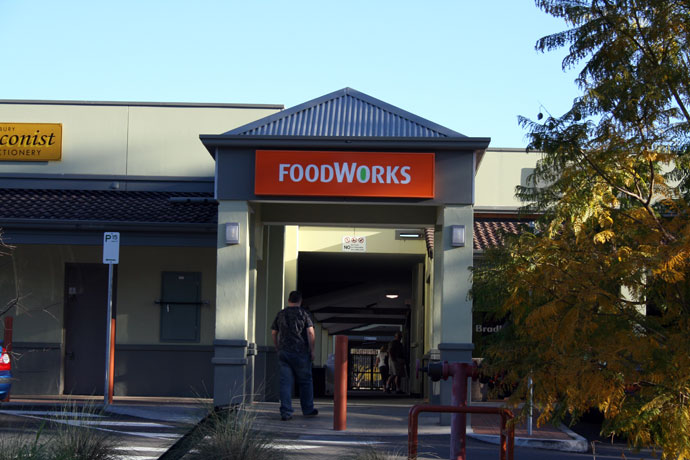 Foodworks shopping centre signage